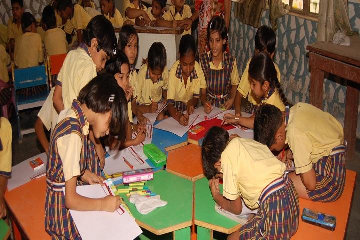 A P Garg Public School-Painting class