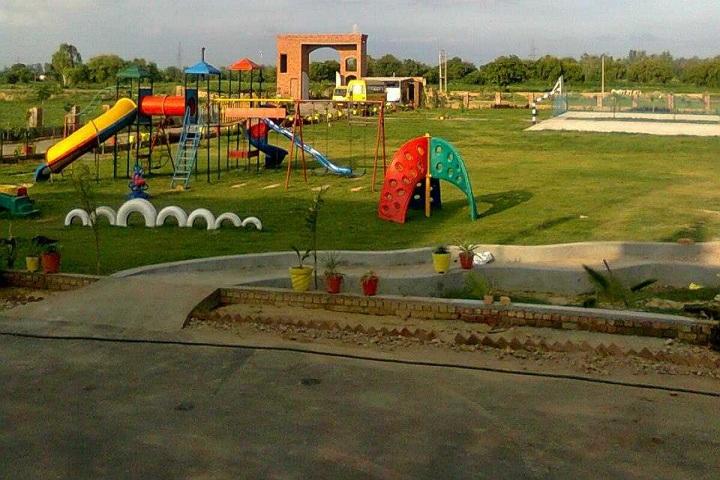 Aadharshila Public School-Play area