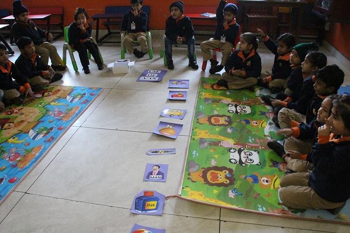 Adarsh Vidya Niketan Sr Sec School-Painting class