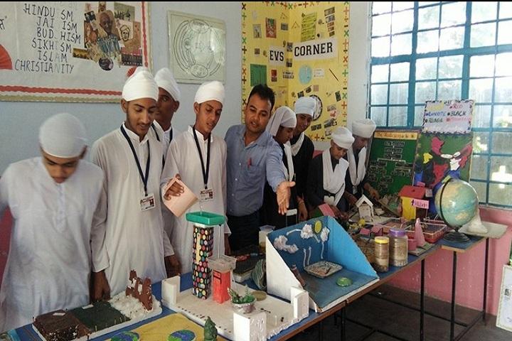 Akal Academy Bara Gura-Science Exhibition