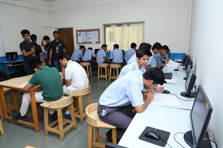 Amity International School-Computer Lab
