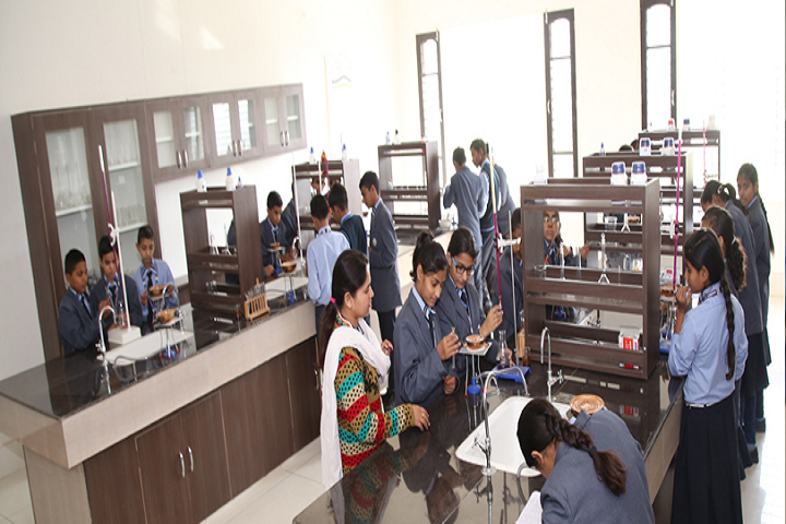 Anand School For Excellence-Science Lab