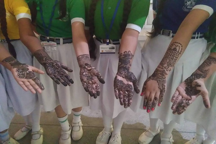 Angels Public School-Mehandi Competition