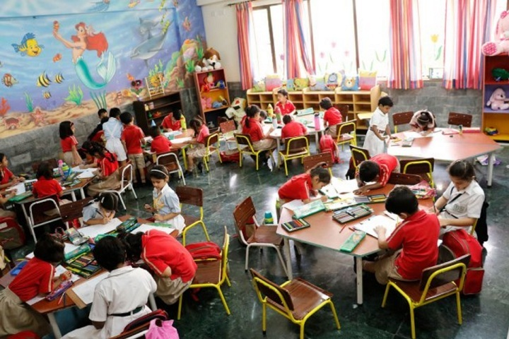 Apeejay Svran Global School-Activity Room