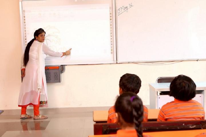 Apollo International School-Classroom