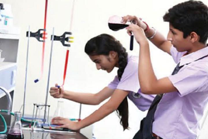 Apollo International School-Chemistry Laboratory