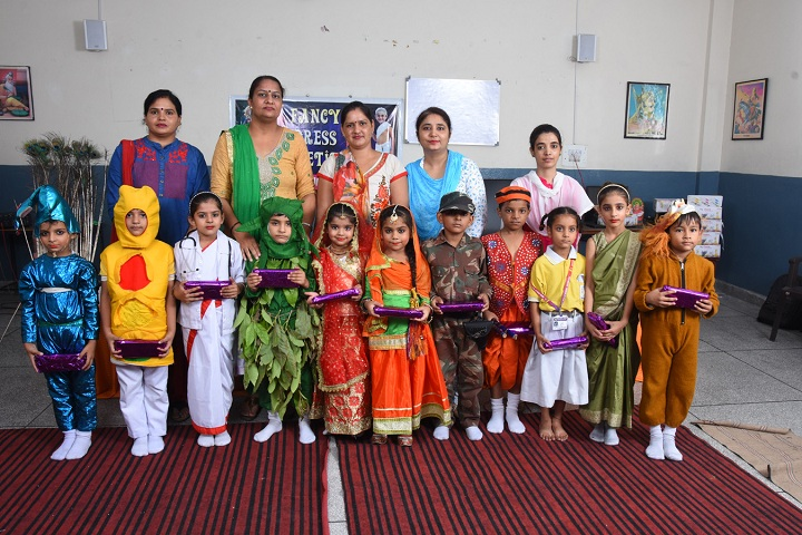 Arya Public School-Fancy Dress Competition