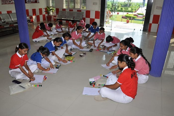 Aryan Global Public School-Art And Craft