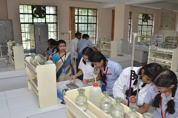 Ashok Memorial Public School-Chemistry Lab