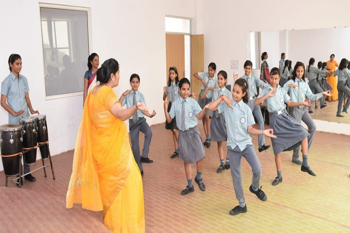 Aviraj World School-Dance Room