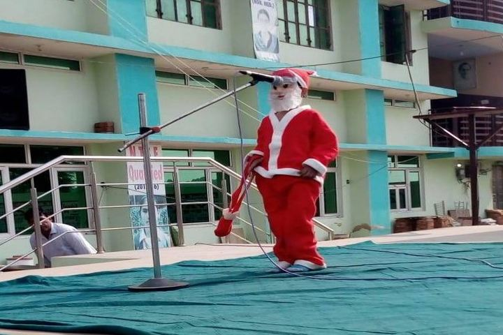 B R Gyan Deep Senior Secondary School-Christmas Celebrations