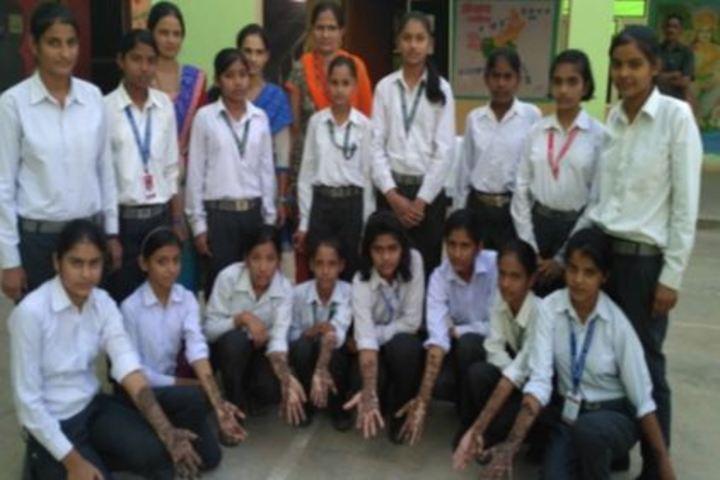 B R Gyan Deep Senior Secondary School-Group Photo