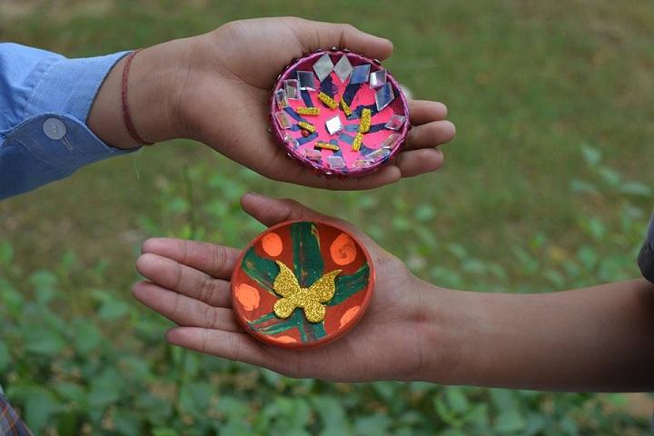 Bharti Public Senior Secondary School-Art and Craft