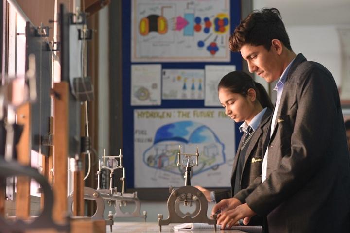 Bright Scholar Senior Secondary School-laboratory