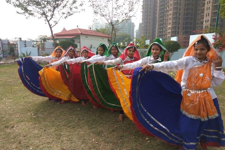 Colonels Public School-Dance Activity