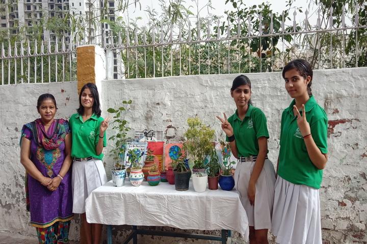 Colonels Public School-Earth Day