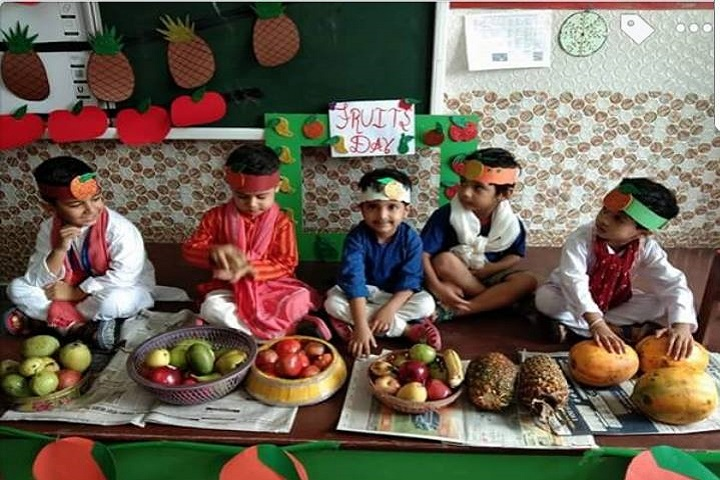 D A V Centenary Public School-Fruits-Day