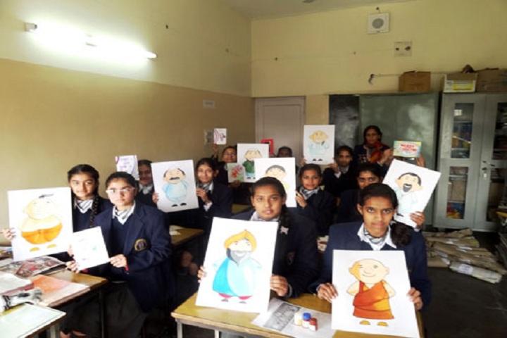 D A V English Medium Model Senior Secondary School-Art Room
