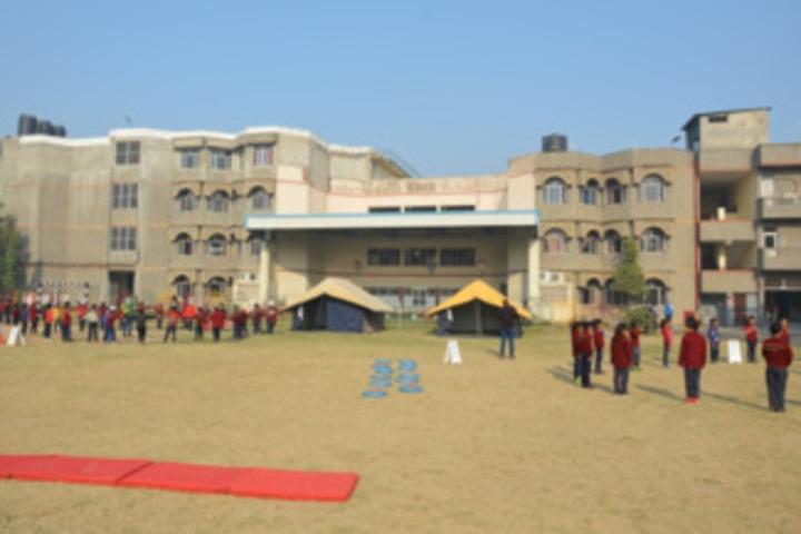 DAV Public School-Adventure Camp2