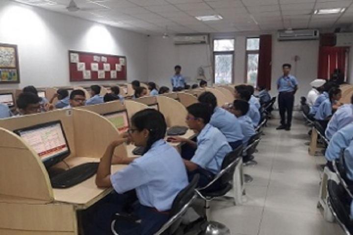 D C Model Senior Secondary School-Computer Lab