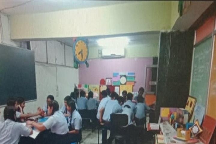 D C Model Senior Secondary School-Maths Lab