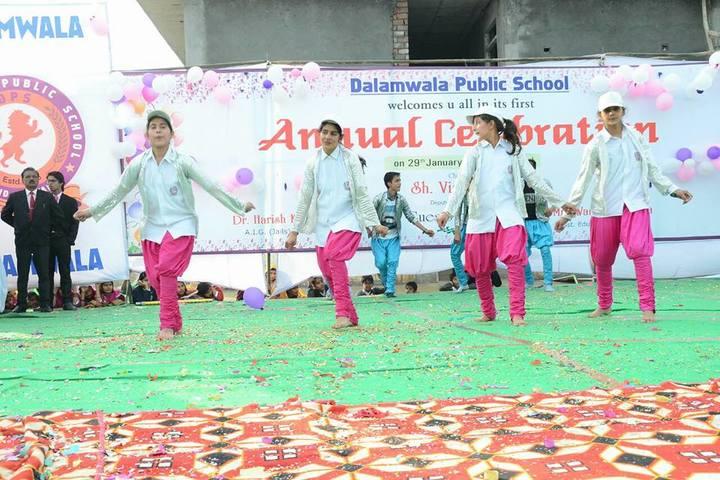 Dalamwala Public School-Annual day