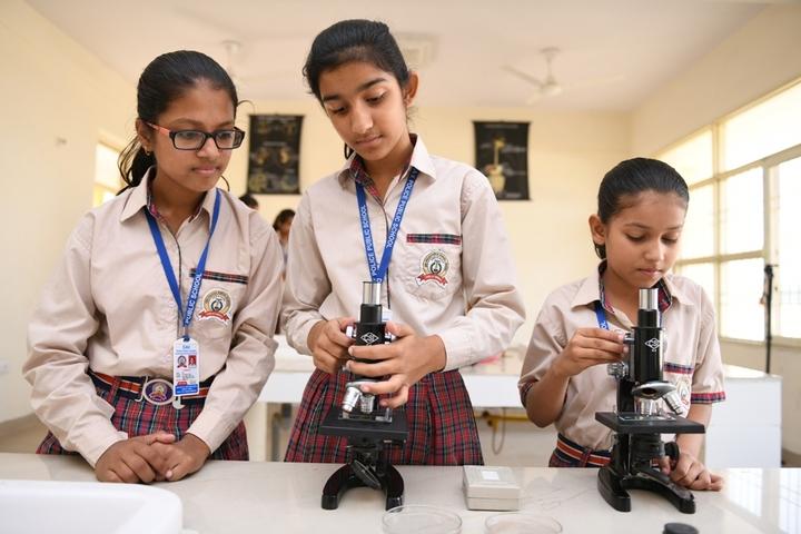 Dav Police Public School-Biology Lab