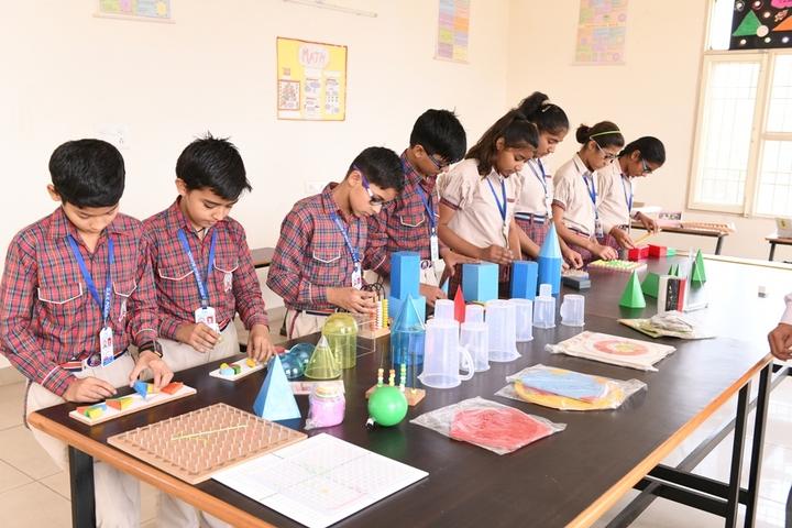 Dav Police Public School-Maths Lab