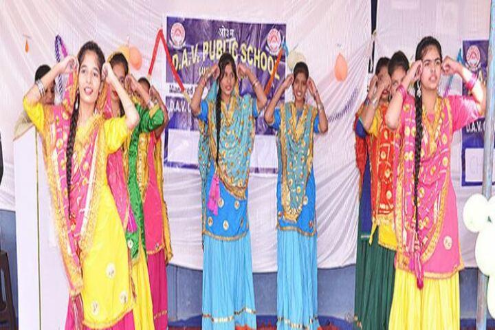 Dav Public School-Girls Dance