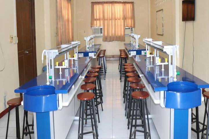 Dawn Nilayam Public School-Science Lab