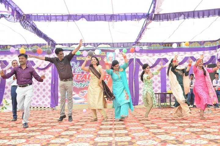 Dayanand Senior Secondary School-Dance