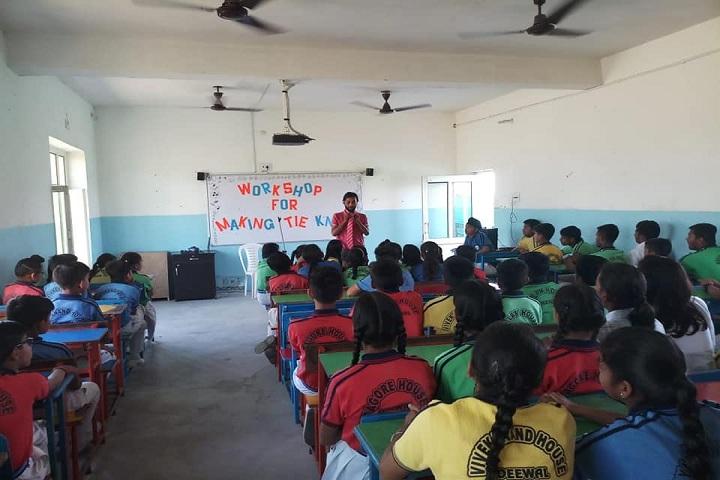 Deewal International School-Classroom view