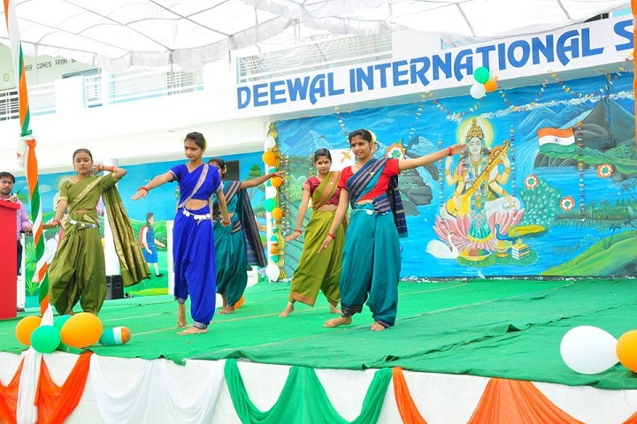 Deewal International School-Independence day