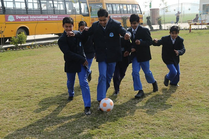 Deewal International School-Outdoor Games