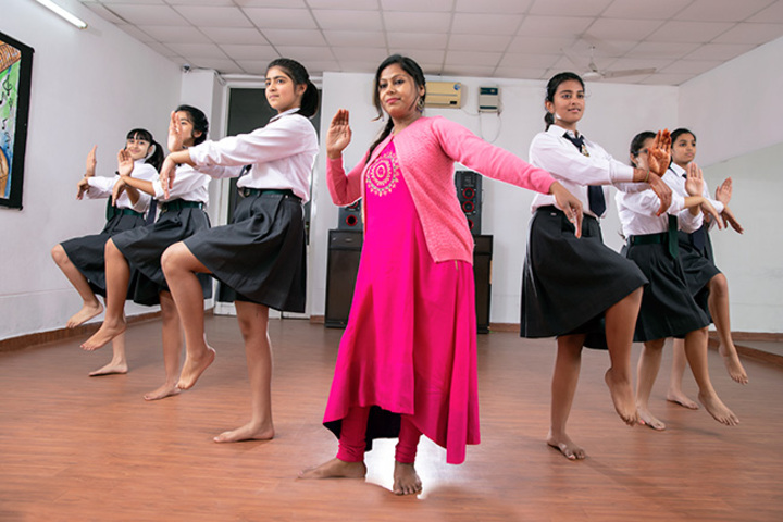Delhi Public School-Dance Class