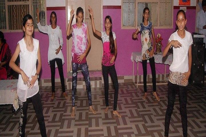 Divine Dale International School-Dance