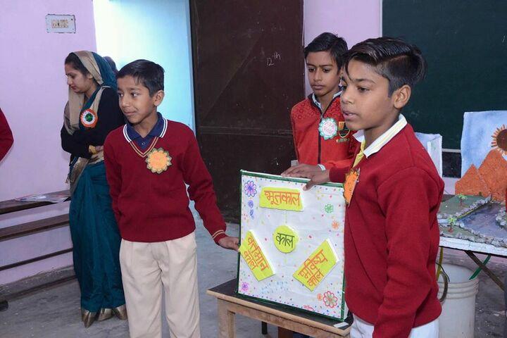 Dronacharya Senior Secondary School-School Exhibition