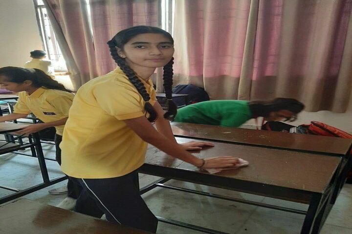 E Max International School-Cleanlieness Activity
