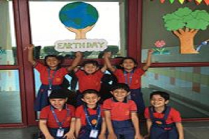 Euro Inertnational School-Earth Day