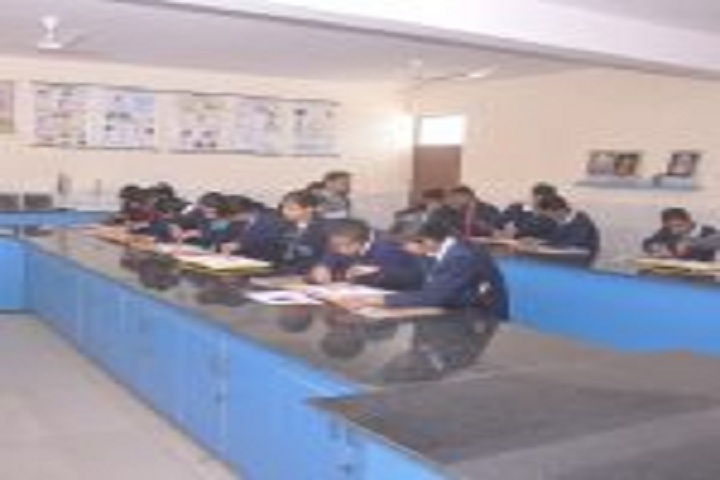 G B Public Senior Secondary School-Physics Lab