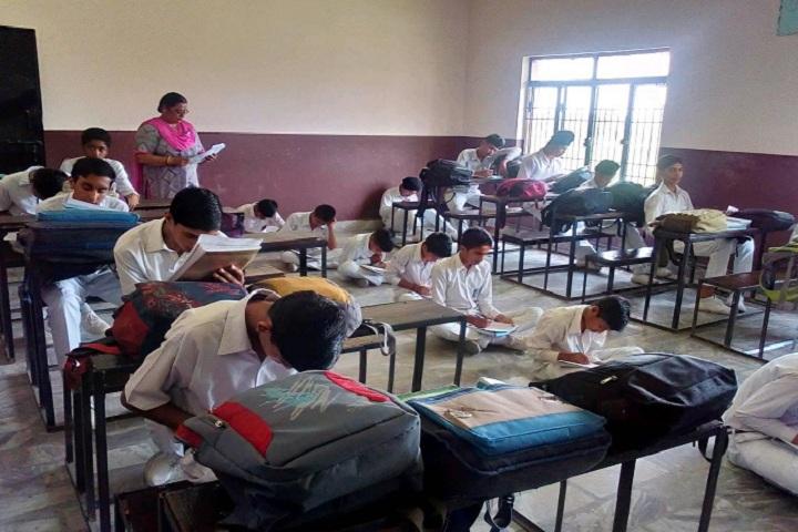 Geeta Senior Secondary School-Classroom
