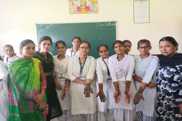 Geeta Senior Secondary School-Mehandi designs