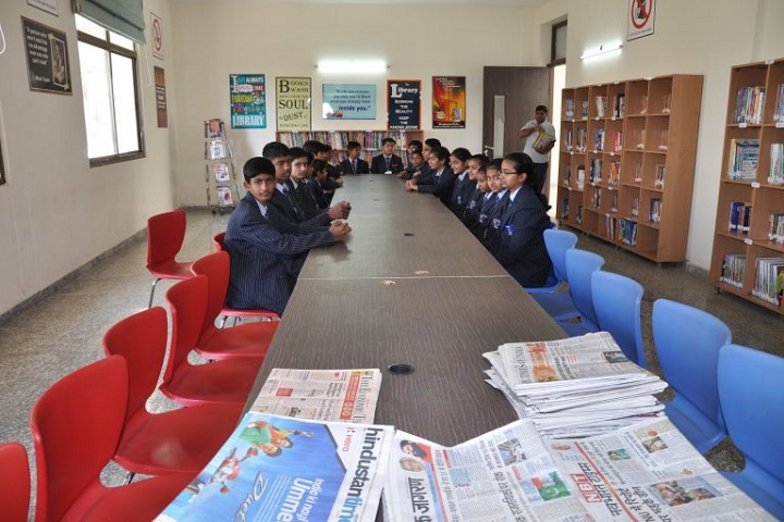 Global Public School-Library with reading room