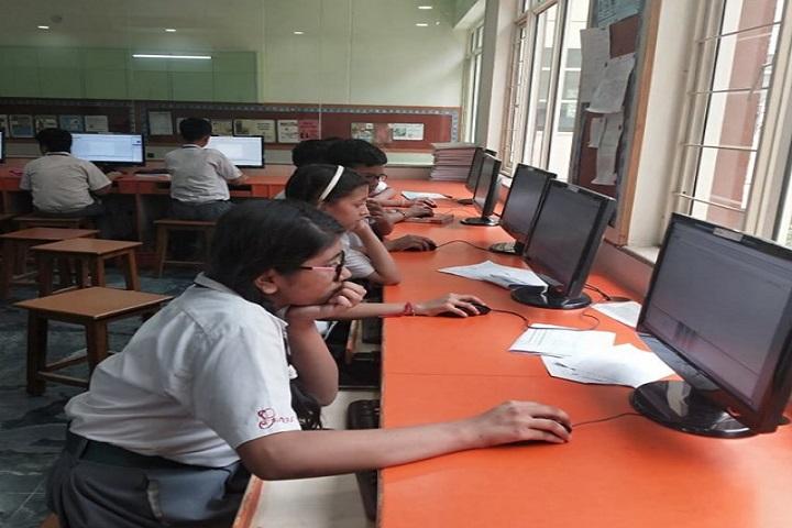 Greenwood Public School-Computer lab