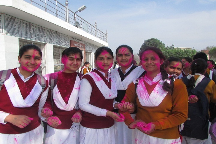 Gurjar Kanya Vidhya Mandir-Holi Celebration