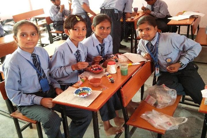 Guru Dronacharya Senior Secondary School-Arts and Crafts
