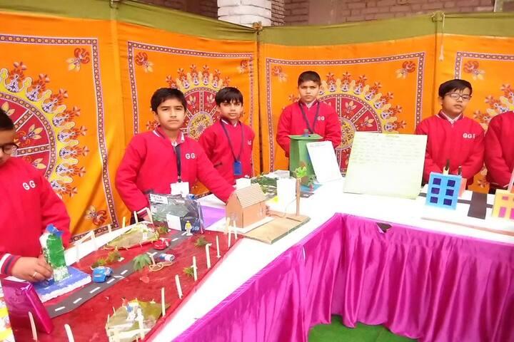 Guru Gobind Singh Public School-Exhibition