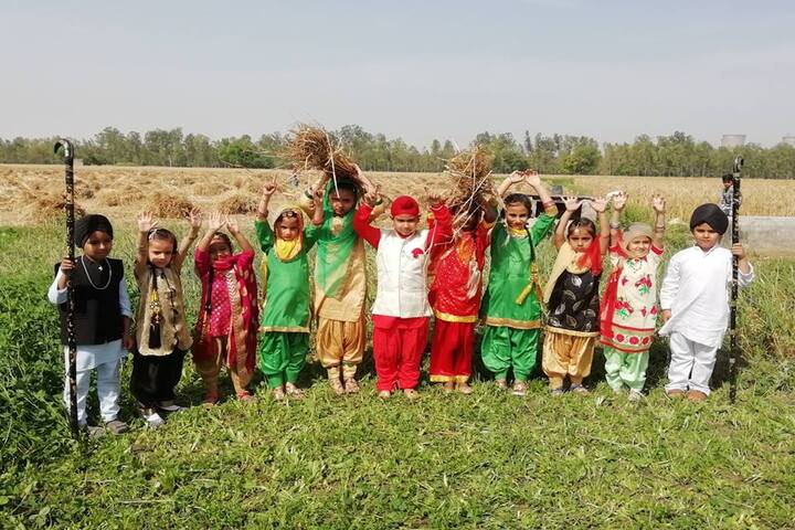 Guru Gobind Singh Public School-Fancy Dress