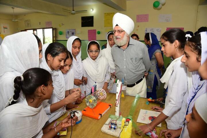 Guru Nanak Dev Academy-Exhibition