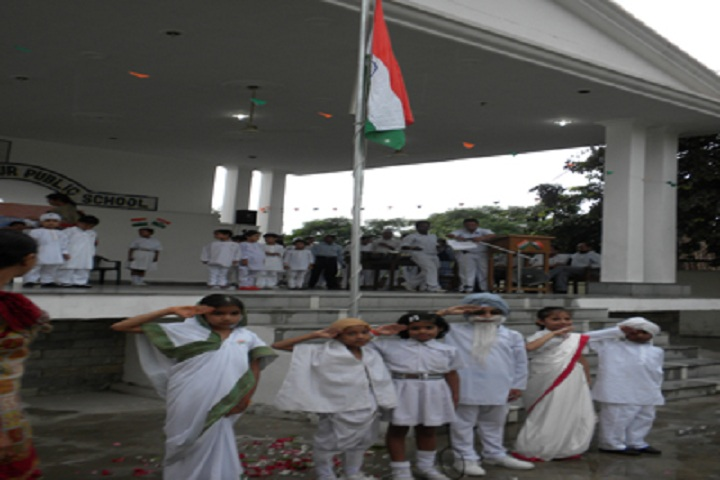 Guru Teg Bahadur Public School-Republic day